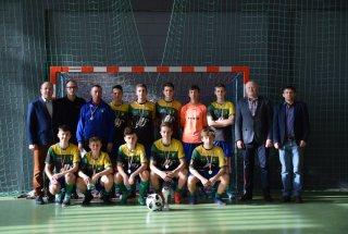 Juniorzy młodsi KS Panki halowym mistrzem powiatu