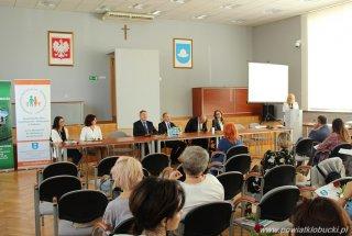 """Konferencja na temat """"Wczesne wspomaganie rozwoj"""