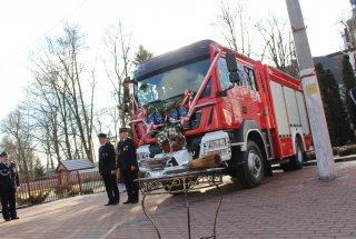 Nowy wóz bojowy dla OSP w Lipiu
